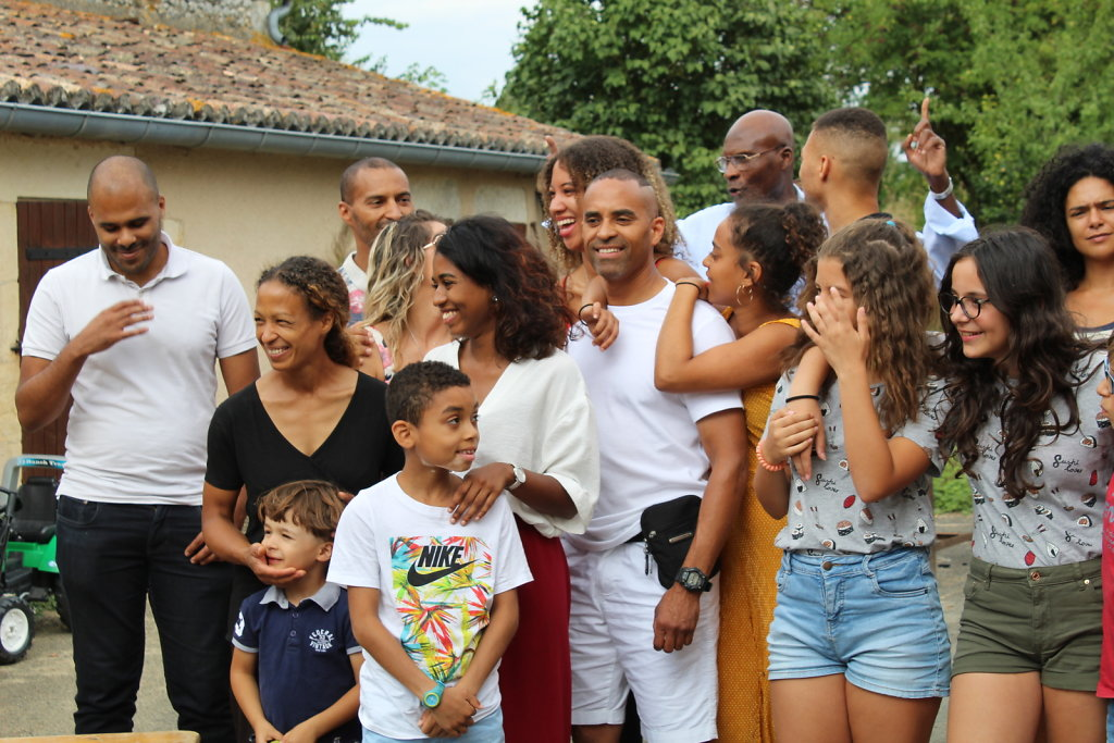 La-Grande-Famille-4.JPG