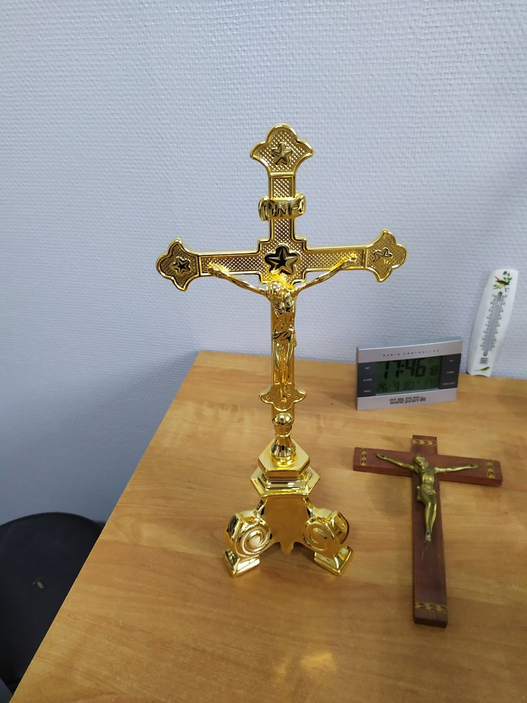 croix-2.jpg
